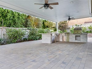 Paverstone Patio 002
