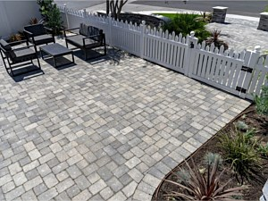 Paverstone Patio 010