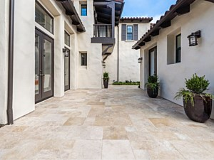 Travertine Paverstone Patio 004